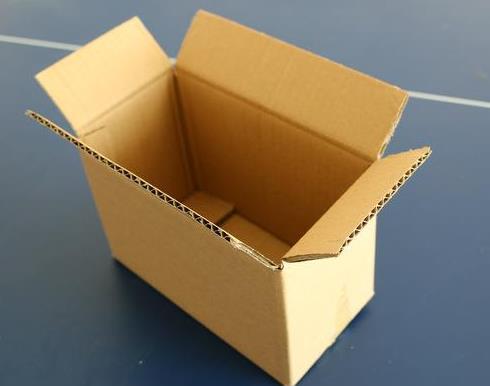 纸箱批发保证质量优势嘉明包装来告诉你