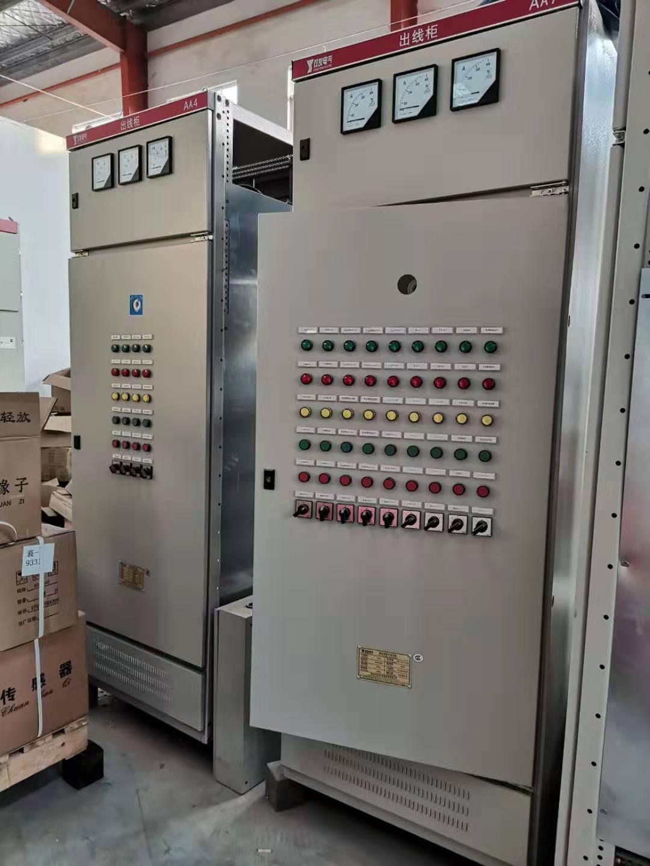 出线柜已安装调试的出线柜产品等待运输