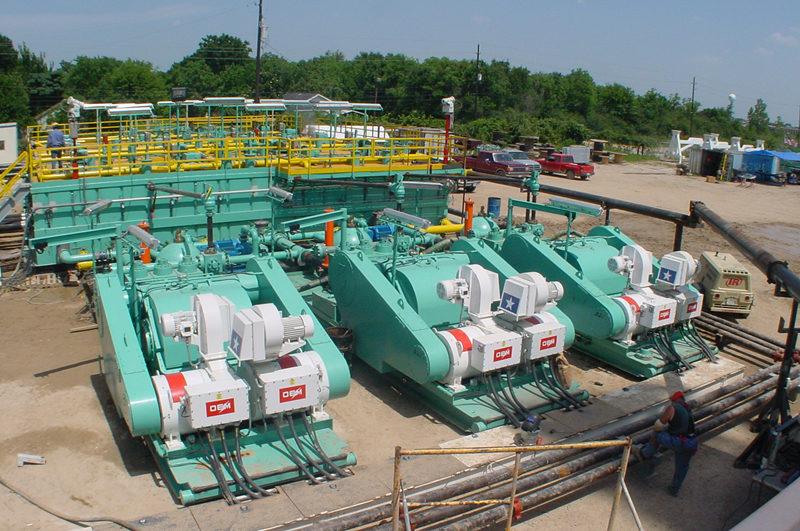 快来和小编一起学习确定石油钻机钻压的方法吧