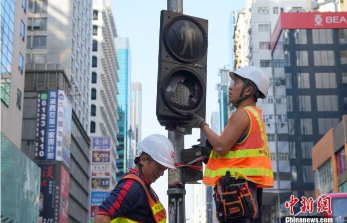2020.1.2号外交部驻港公署敦促外国政客停止颠倒黑白 停止干预香港事务