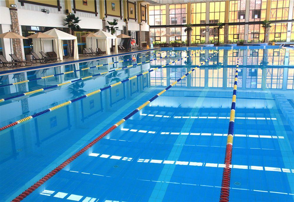 西安泳池水处理药剂定期清理