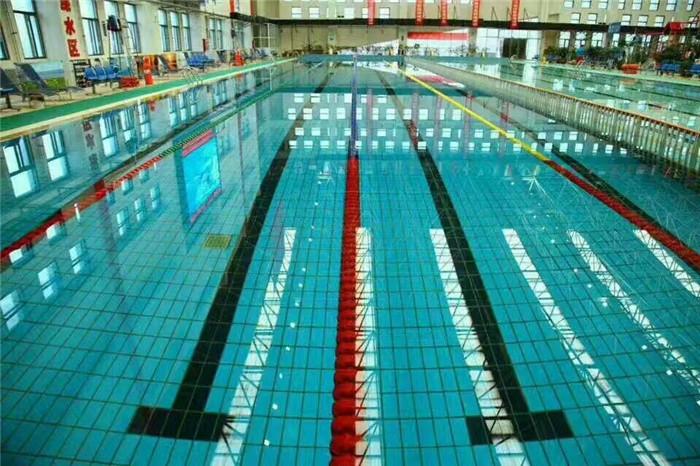 西安曲江某高档泳池水质维护