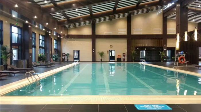西安未央区某五星级酒店游泳池设备和药剂维护