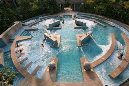 为什么游泳池水质会变坏