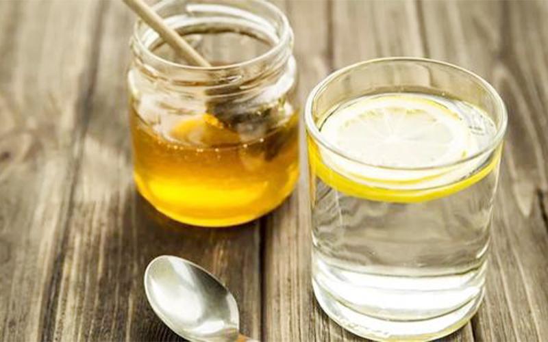 蜂蜜用多少度的水泡才有功效