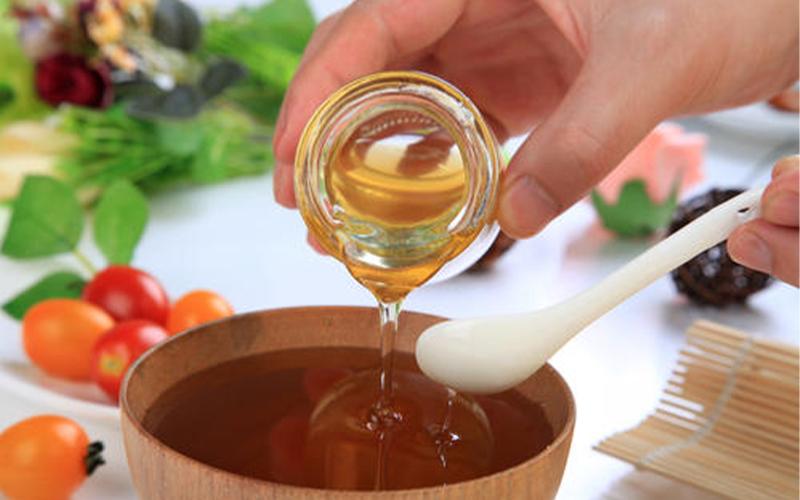 不同类型的蜂蜜的功效与作用都是什么