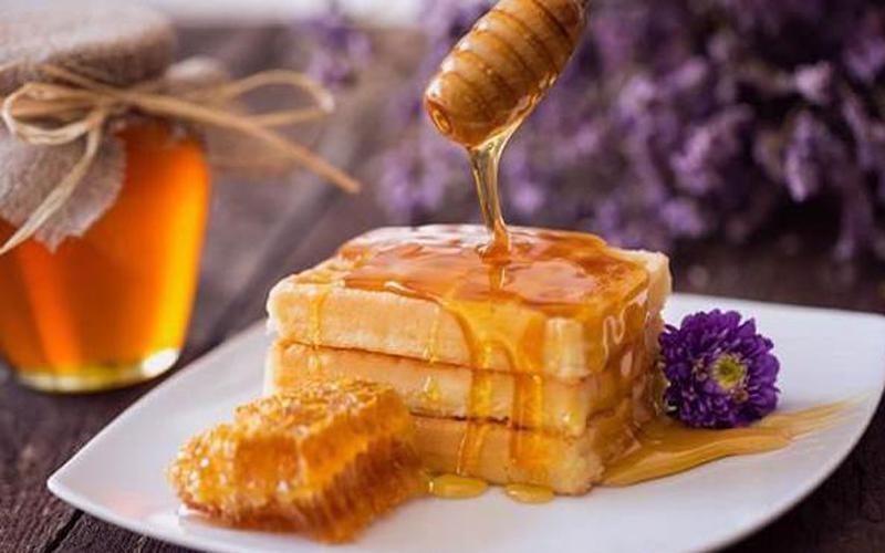大连蜂蜜厂家如何用蜂蜜做出美食?