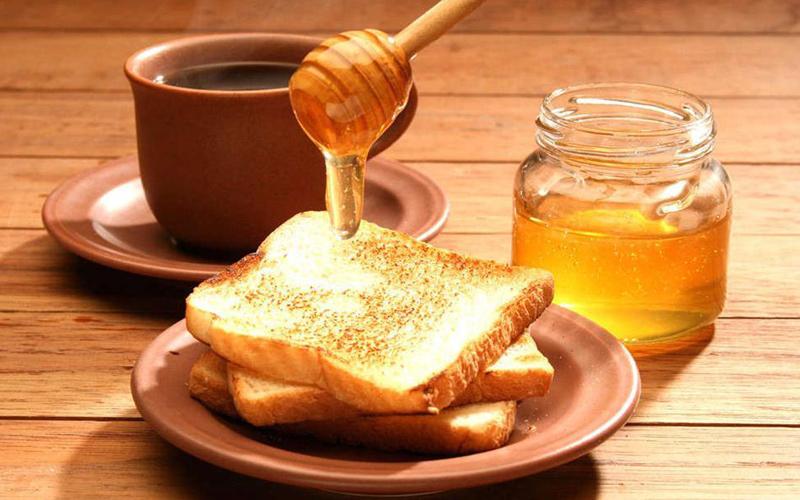 大连蜂蜜厂家:老年人喝蜂蜜有哪些好处?