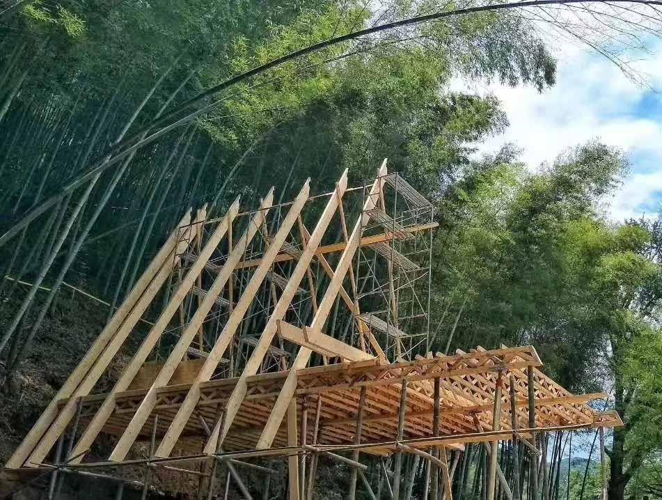 浅谈四川木房子优点。