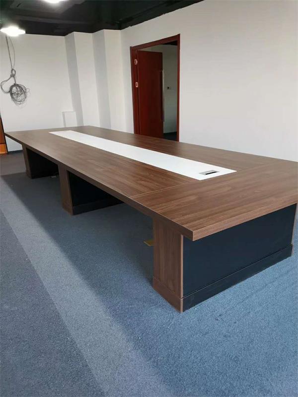 会议桌如何设计有格调提升效率?