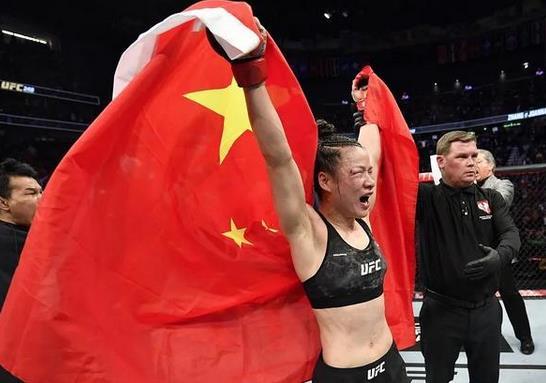 3月8日,张伟丽成功卫冕UFC金腰带,她是如何做到的?