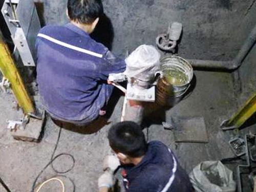 遂宁防水堵漏施工团队风采