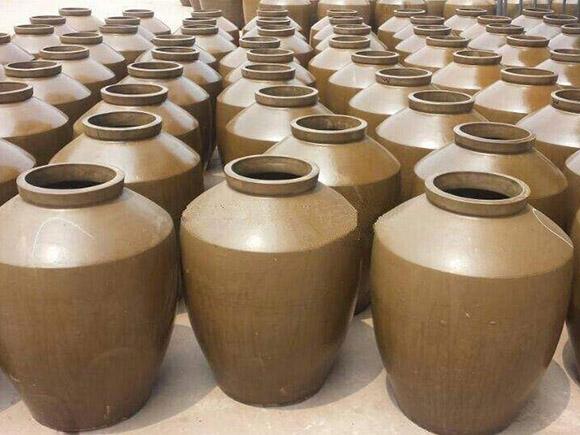 四川陶瓷酒坛的生产是怎么把控温度与时间的