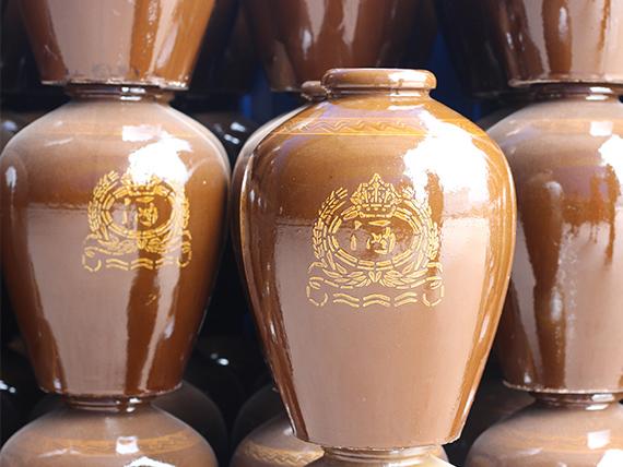 为什么要用四川陶瓷酒坛开储存酒?