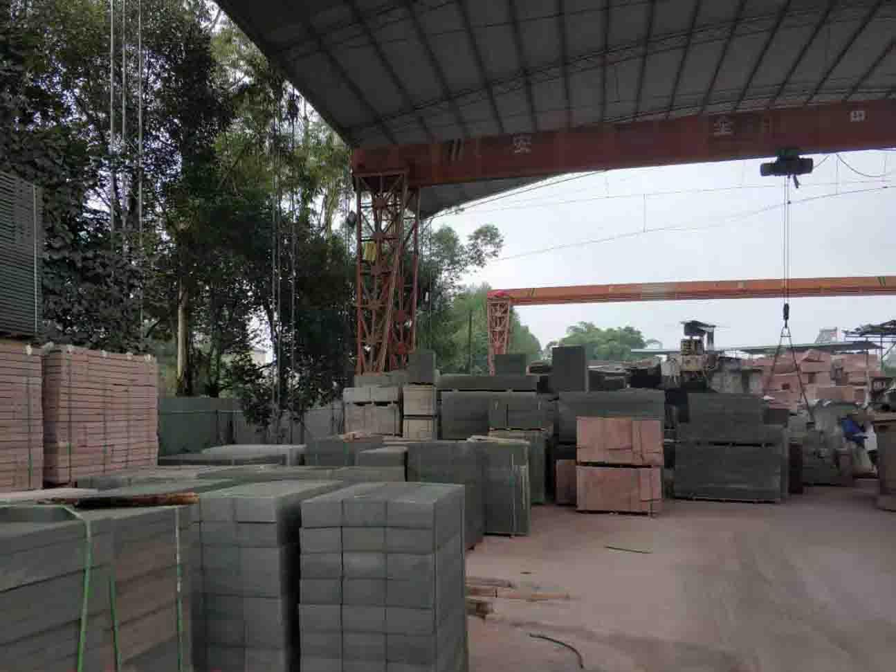 夯林石材厂区环境
