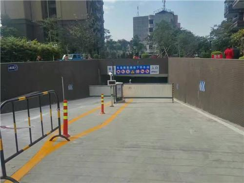 空降道闸系统厂家告诉你智慧安全道闸系统投入使用