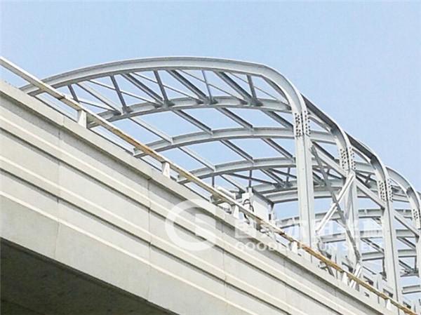 地铁8号线朱辛庄站