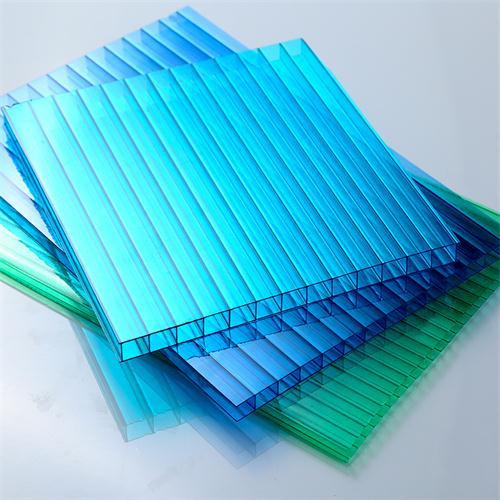 如何选择阳光板和耐力板