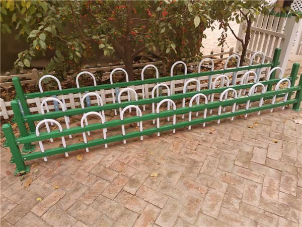 河南锌钢草坪护栏加工