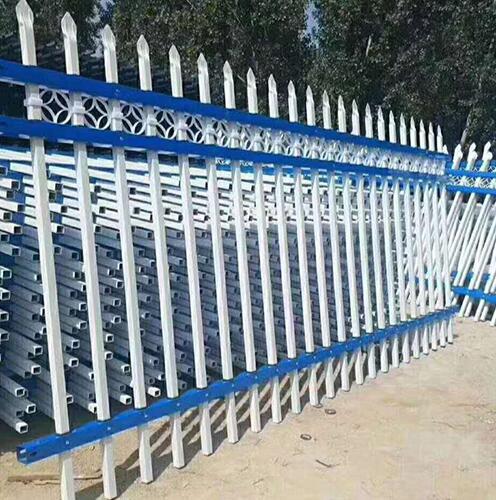 锌钢草坪护栏有哪些作用,草坪护栏厂家给我们详解?