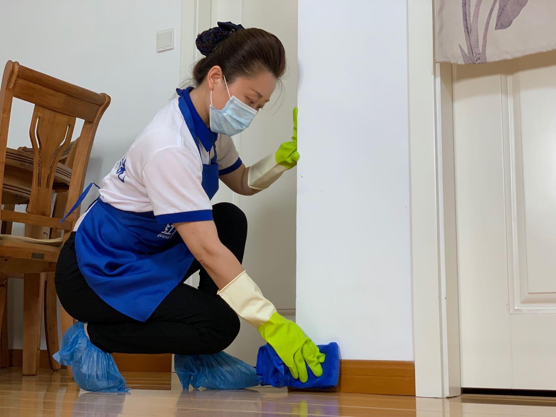 武汉家庭保洁公司分享地板保养三大基本要求