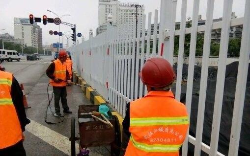 江城清洗为中建三局施工单位清洗围挡