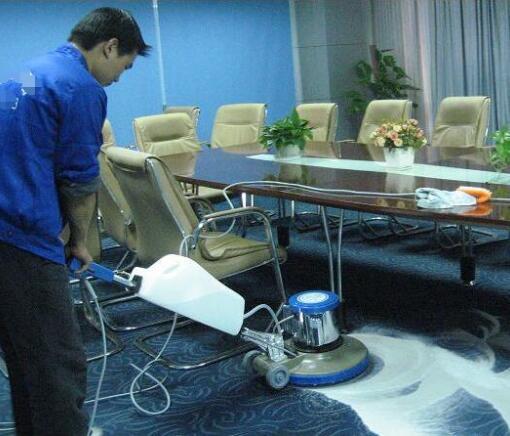 武汉江城清洗地毯保洁公司