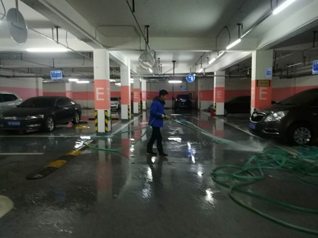 武汉停车场日常保洁