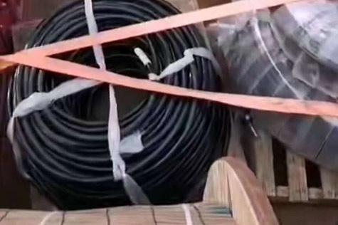 电线电缆装货中运输中