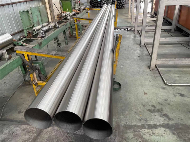 不銹鋼溝槽式連接的優勢都有什么呢?
