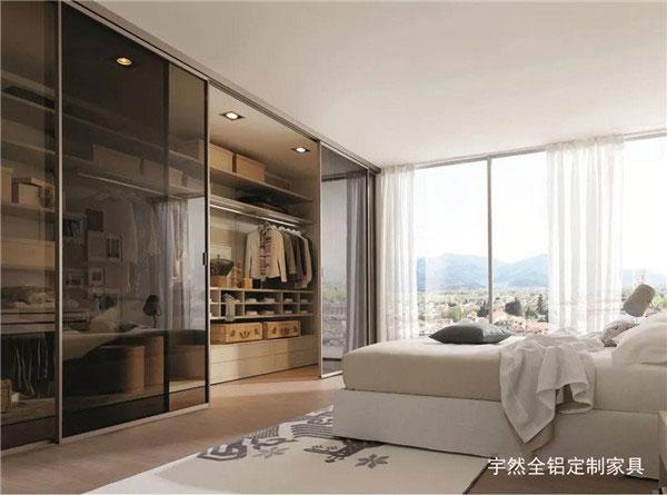 延安全铝定制家具和普通家具优势对比