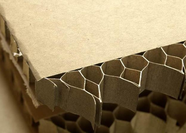 瓦楞纸板与蜂窝纸板的性能区别有哪些?