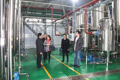 農業局副局長、南開大學教授、泰陽集團銷售總經理來我企業調研