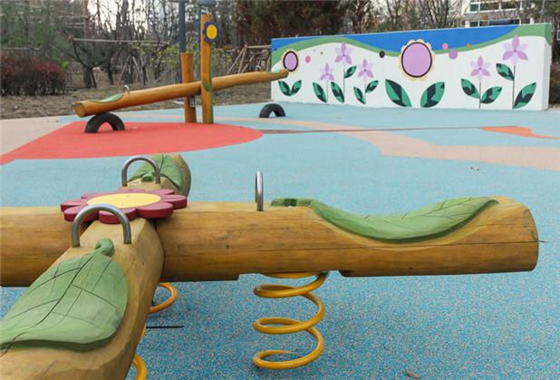 四川游乐园木质设施