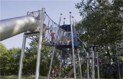儿童游乐设备不锈钢滑梯