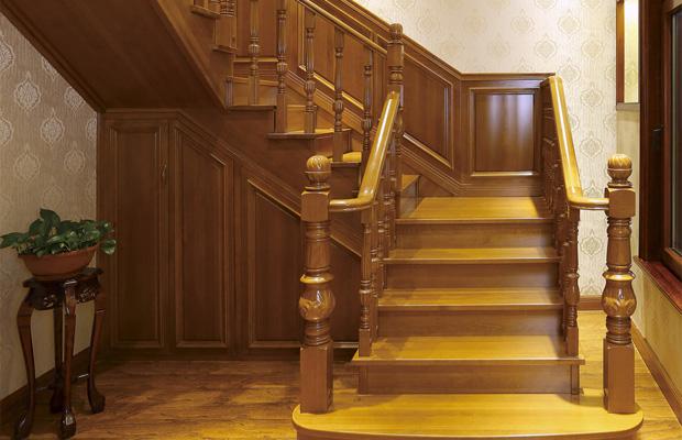 成都实木楼梯定制