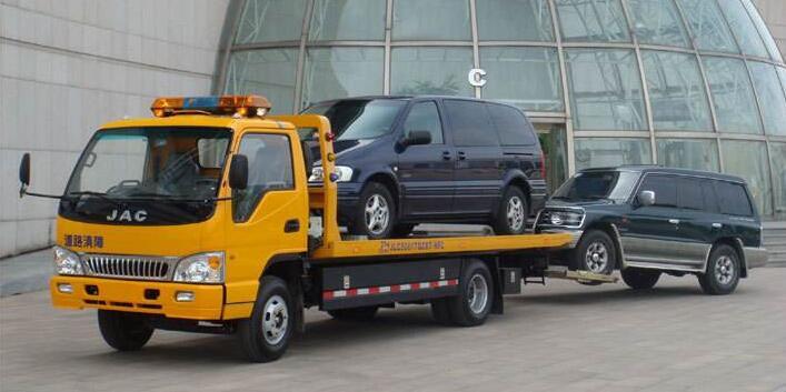 宜宾道路救援告诉你如遇车辆故障应该这样做