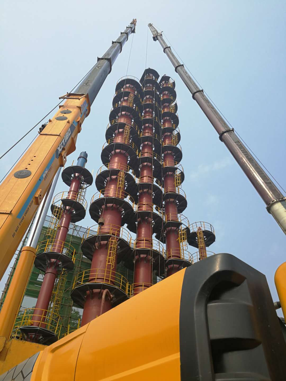 2017年四川联龙化工63米初分塔吊装
