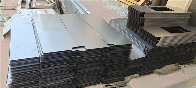 为某商铺搭建工程定制一批宜昌不锈钢板