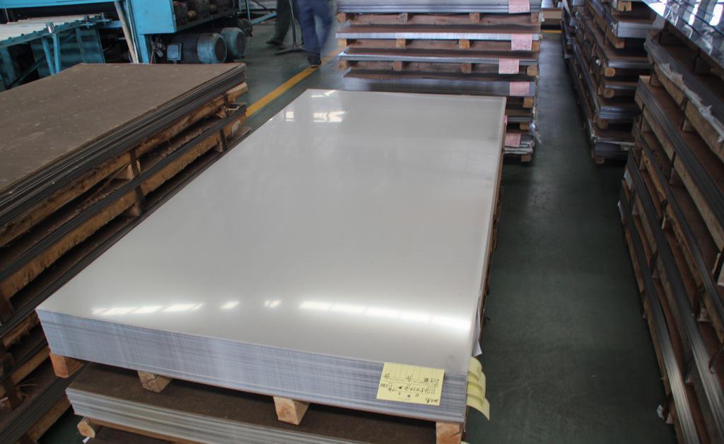 影响宜昌不锈钢板销售价格的因素有很多,我们一起来看看吧