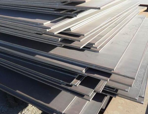 板材的加工工艺包含很多工序,在进行宜昌不锈钢板时根据厚度决定加工方法