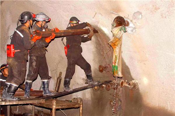 陕煤集团神木红柳林煤矿15207工作面超前勘探工程