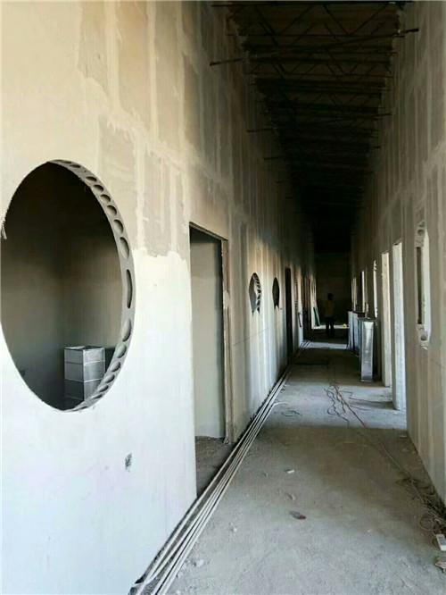 轻质隔墙板