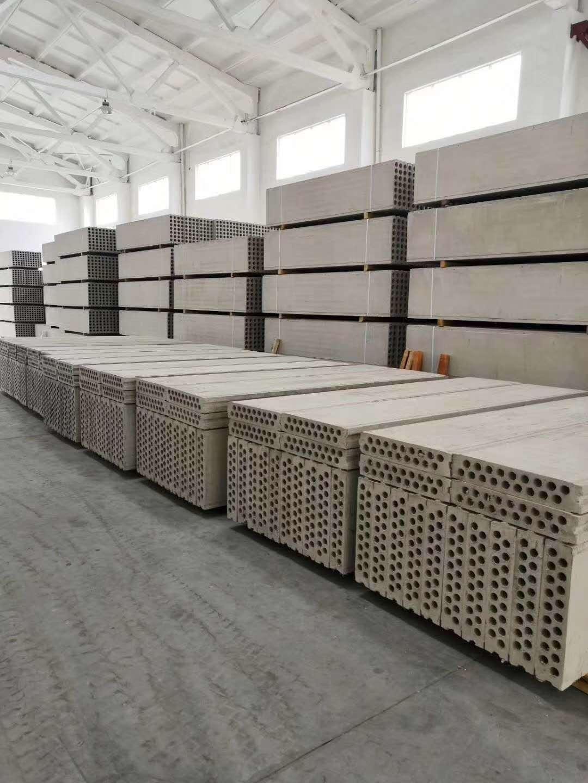 隔墙板施工中的连接方法和性能体现