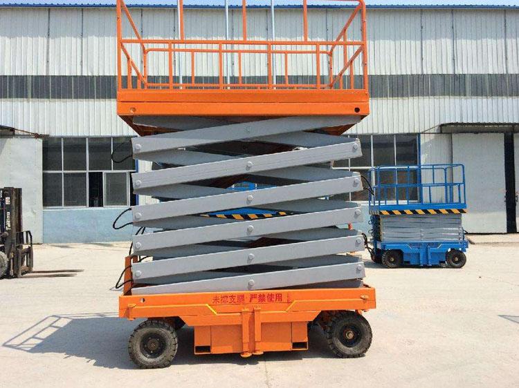 升降机设备生产基地