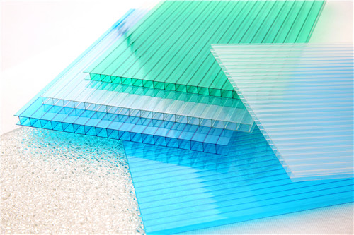 我们经常在很多地方看到阳光房,那么在建造时使用哪些材料?我们一起讨论!