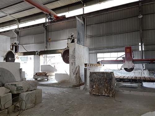 四川汉白玉浮雕厂家生产厂区