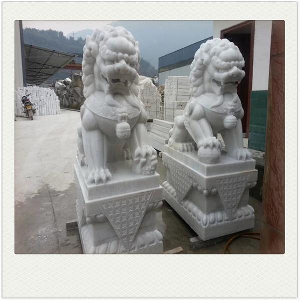 成都汉白玉雕塑厂家