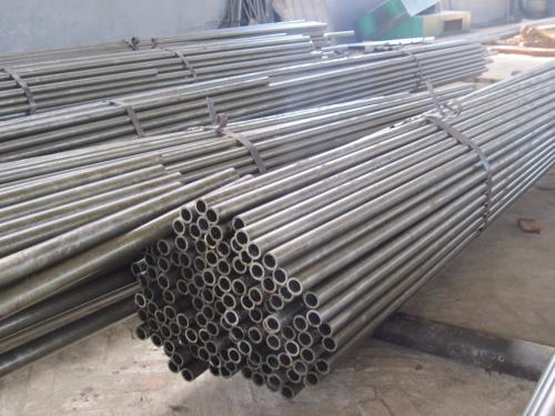 鋼管租賃談鋼管的使用注意事項