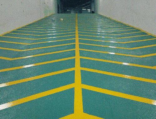 无振动止滑坡道施工
